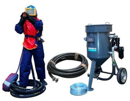 COMPLETE remote controlled sand blasting package 100L